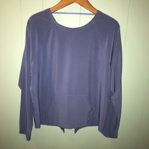 Victoria Sport periwinkle workout long sleeve top